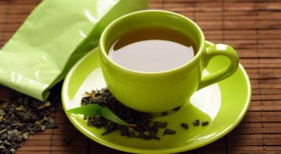 Chá verde: 10 benefícios da bebida mais saudável do planeta