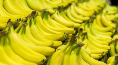 10 benefícios da banana para a saúde baseados em evidências científicas