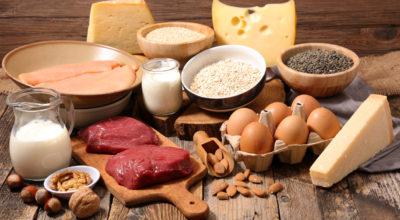17 fontes de proteínas baratas e saudáveis