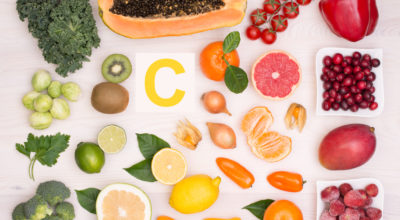 Vitamina C: o que é, 34 benefícios e alimentos ricos
