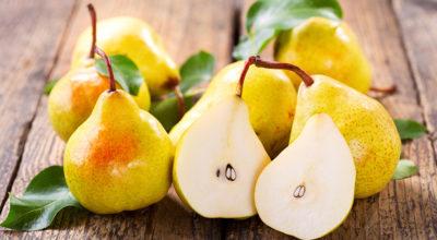 15 benefícios surpreendentes da pera e opções de receitas com a fruta