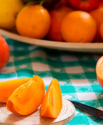 Caqui: bons motivos para incluir essa fruta em seu cardápio