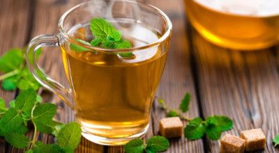 Chá de hortelã: conheça os benefícios dessa bebida refrescante