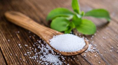 Stevia: 7 benefícios e como usar no dia a dia